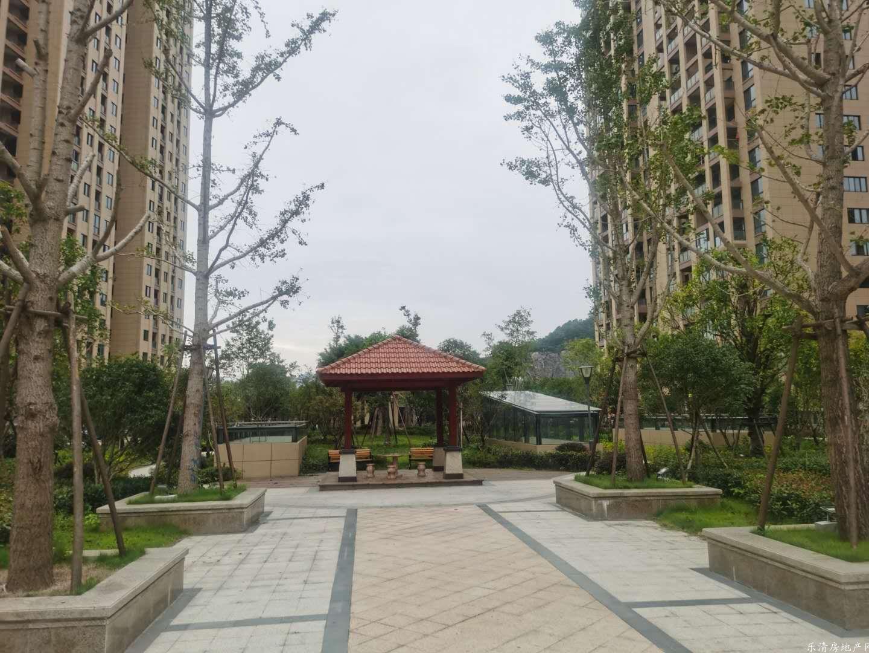 东城花苑152平中层得房率高视野好近南虹广场市政府